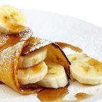 Eiwit pannenkoek met gebakken banaan