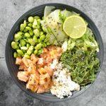 Poké bowl met zalm - eiwitrijk recept