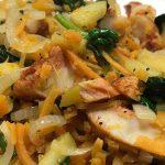 Mix van zoete aardappel kip en spinazie